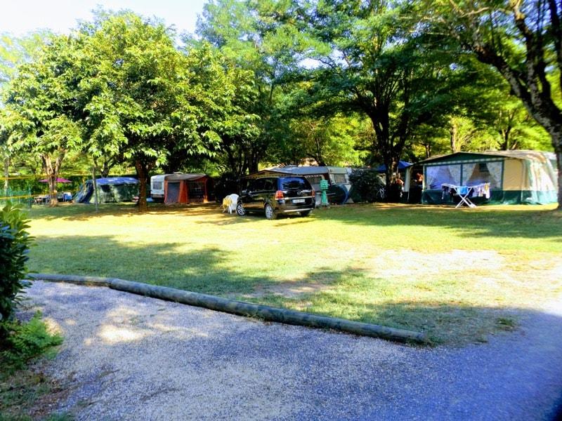 camping tente caravane sampzon