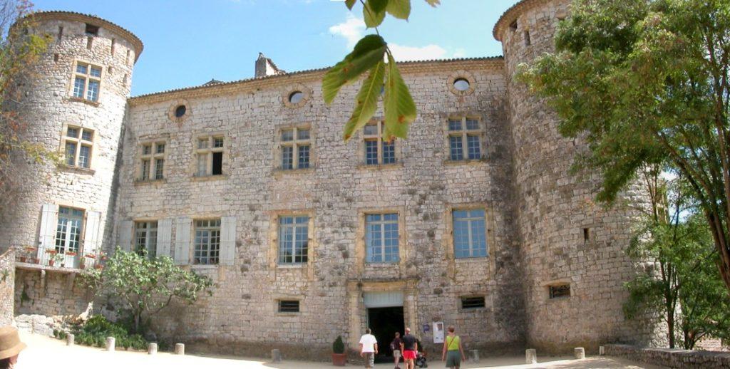 Voguë-Château